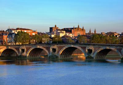 N'hésitez pas à vous rendre auprès de votre agence MMA à Toulouse pour souscrire une assurance ou une épargne